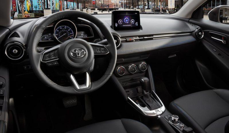 Toyota Yaris XSE 2019 full