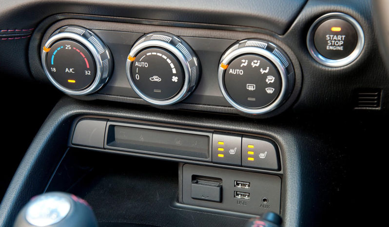 Mazda MX-5 full