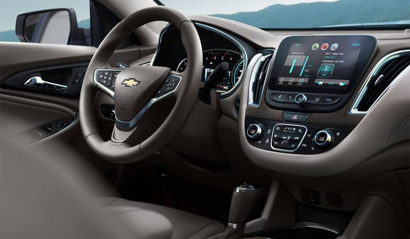 New 2017 Chevrolet Malibu full